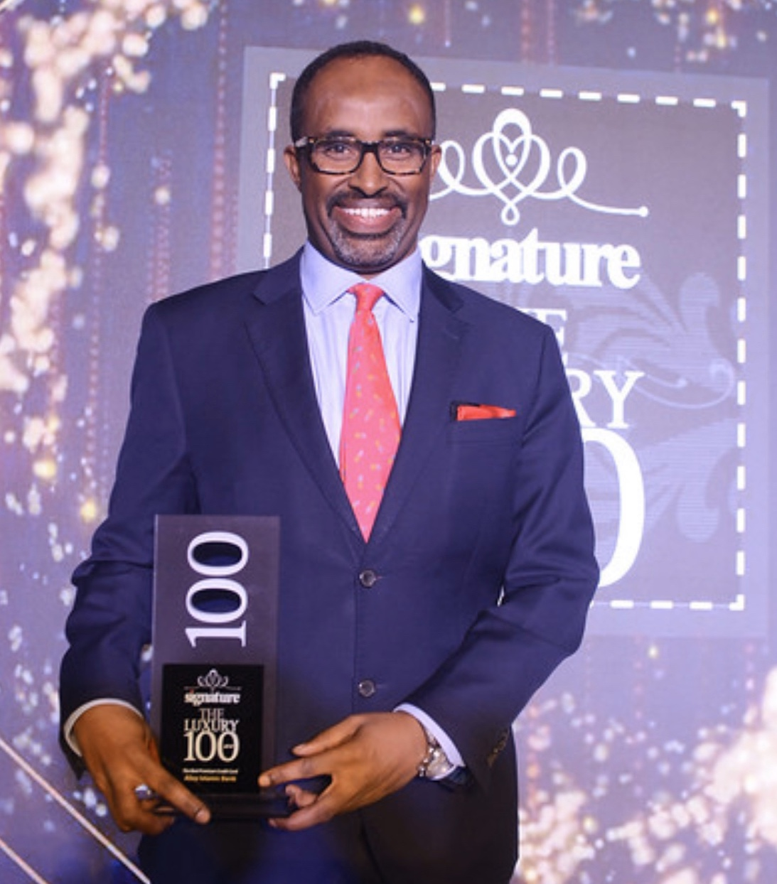 ALIZZ ISLAMIC BANK WINS 'BEST PREMIUM CREDIT CARD' AT THE SIGNATURE LUXURY 100 AWARDS
